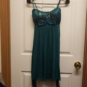 Beautiful green dress with gold sequins